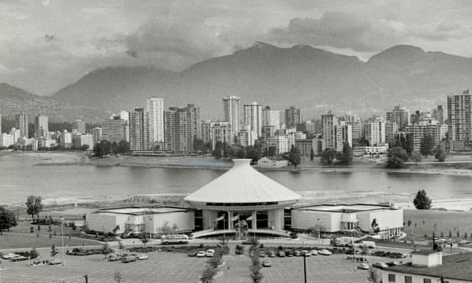 Vancouver's proposed freeway would have separated the city, shown here in 1971, from its harbour waterfront.