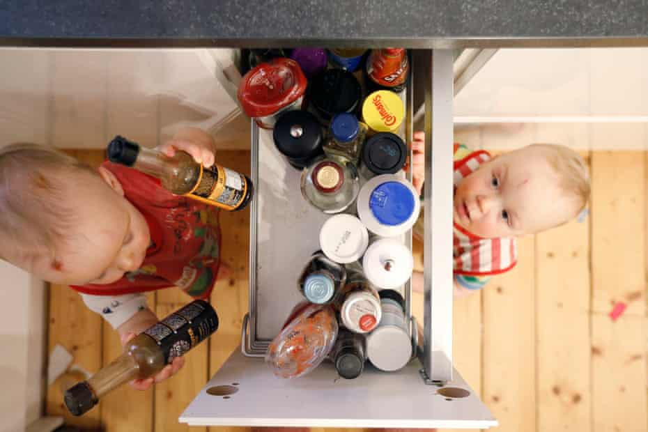 Reed and Aven raid the condiments drawer once again, often tasting various things like vinegar and tabasco.