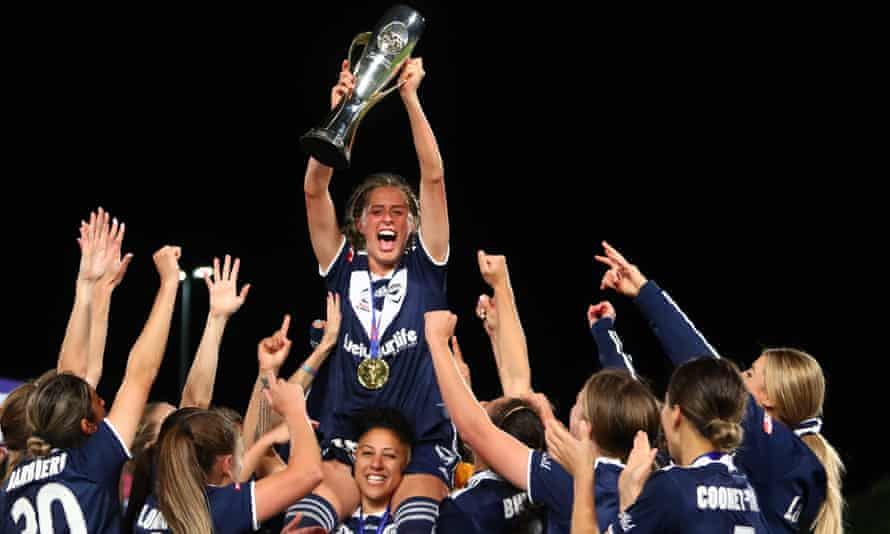 Melbourne Victory players celebrate their W-League title