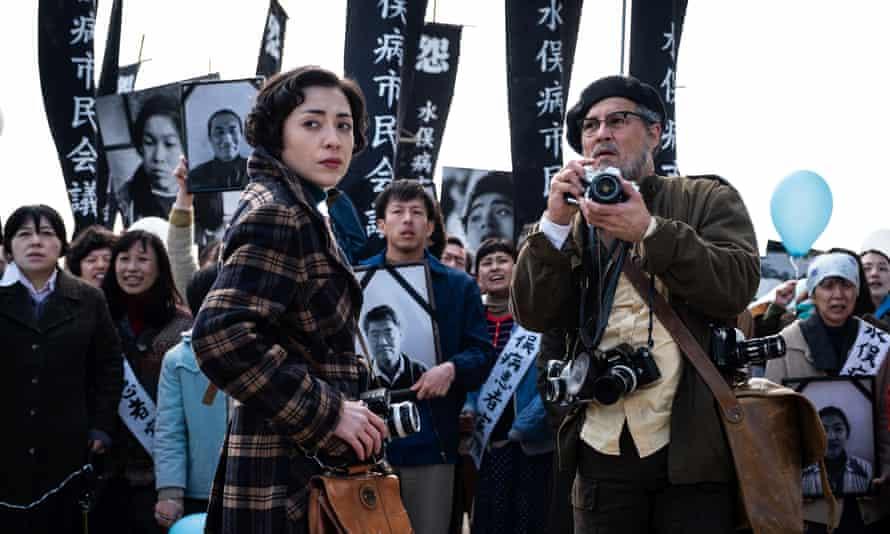 Minami Hinase and Johnny Depp in Minamata.