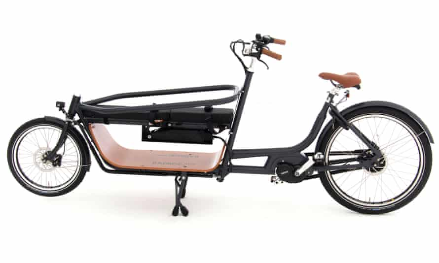 Room for a little one: the Babboe is long and narrow which makes it easy to ride and use on trails and paths as well as bike lanes