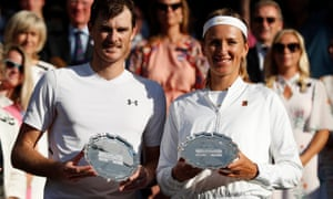 Jamie Murray and Victoria Azarenka with their runners-up trophies after the Wimbledon mixed doubles final.