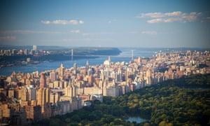 Landscape shot of New York's Upper East Side, between central park and east river