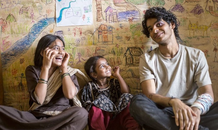 Beyond the Clouds review – brash Bollywood in the Mumbai