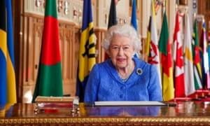 Sang Ratu dalam sebuah foto yang dirilis untuk menandai Hari Persemakmuran 2021 pada hari Senin.