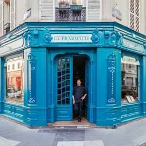 Paris shop fronts photographed by Sebastian Eras.
