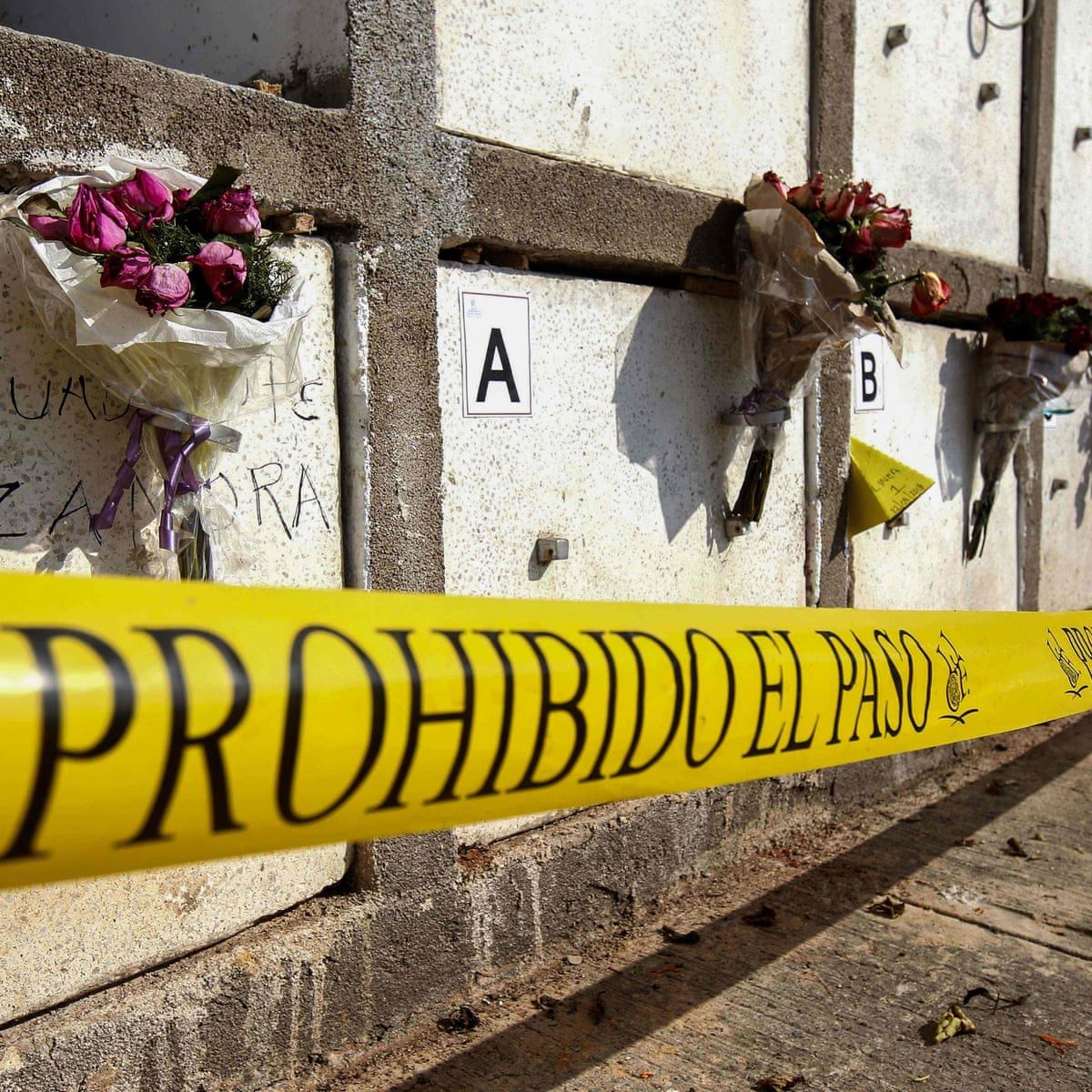 Mexico Cartel Hangs Bodies From City Bridge In Grisly Show Of Force Mexico The Guardian