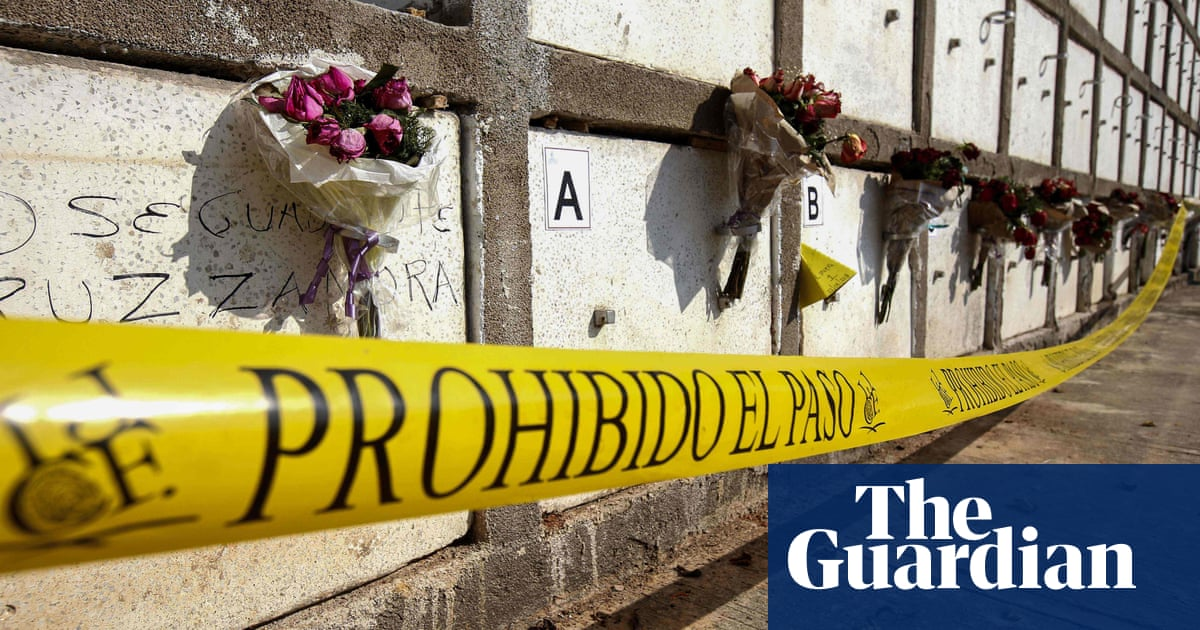 Mexico cartel hangs bodies from city bridge in grisly show of force