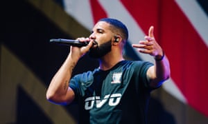 Flying the flag … Drake at Wireless 2018.