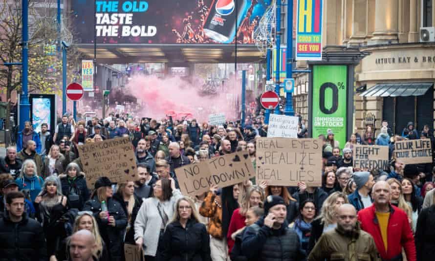 Anti-lockdown protest in Manchester, 8 November 2020