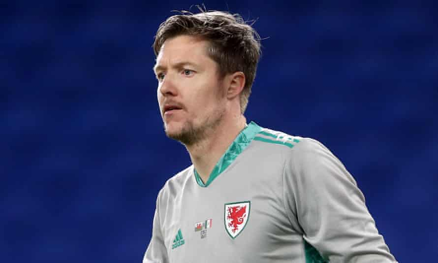 Wayne Hennessey is on his way to Burnley.