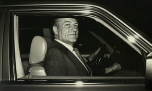 In a new trial, Claus von Bülow had the best defence money could buy. Unlimited funds were provided by Sir Paul Getty.