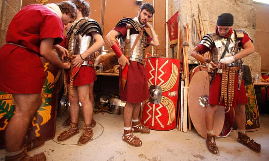 Actors prepare to re-enact one of the Gallic wars