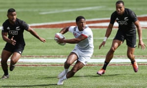 Kevon Williams makes a run against New Zealand at the Hamilton Sevens.