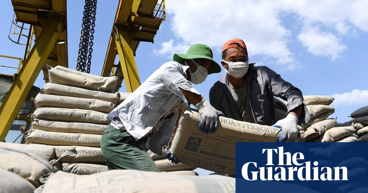 Cement makers across world pledge large cut in emissions by 2030