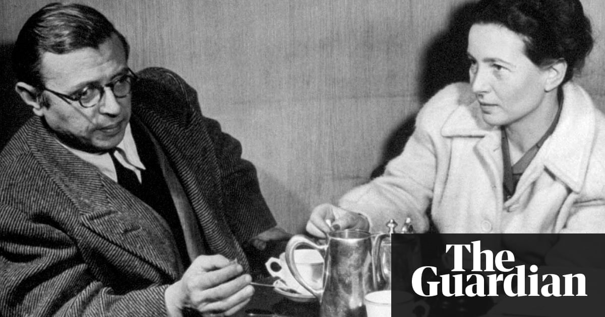 At the existentialist caf freedom being and apricot cocktails by the french existentialist philosophers jean paul sartre and simone de beauvoir taking tea together fandeluxe Choice Image