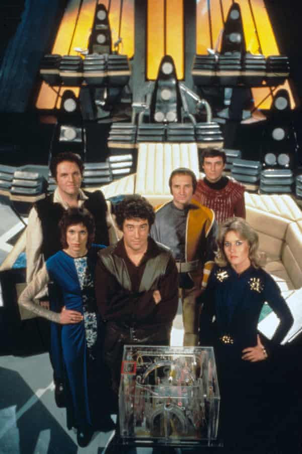 Gareth Thomas and the cast of Blake's 7.