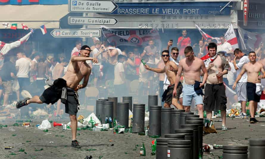 Projectiles being launched in Marseille