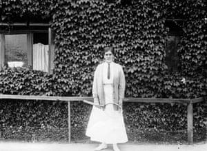 Tennis Fashion: British tennis player Dorothea Lambert Chambers won Wimbledon's champion
