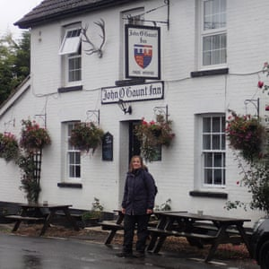 Tracy Chevalier outside the John O Gaunt Inn in Horsebridge