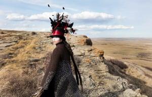 Buffalo bonds et lingerie à la main: le renversement du colonialisme des artistes indiens d'Amérique | Art et design