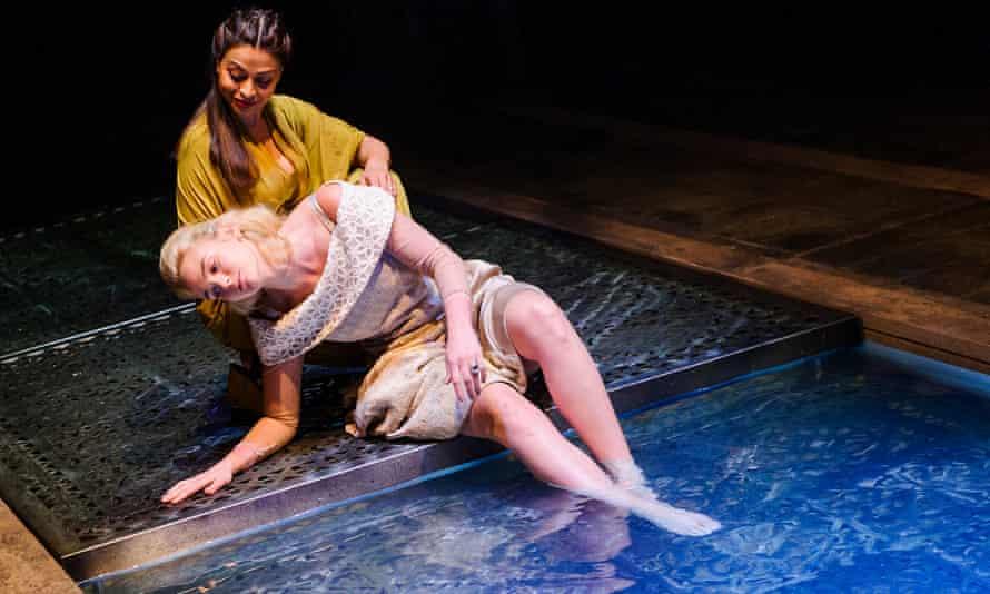 Ayesha Dharker and Joanna Vanderham in Othello