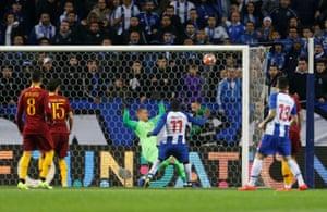 Marega scores Porto's second goal.
