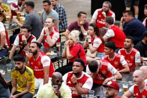 The Arsenal fans watching the game at Boxpark Wembley aren't pleased to see their team go behind.