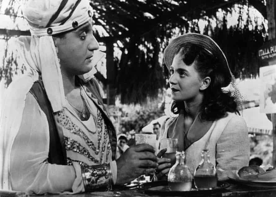 Alberto Sordi and Brunella Bovo in The White Sheik