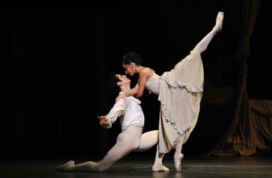Francesca Hayward as Manon and Federico Bonelli as Des Grieux in Manon at the Royal Opera House.