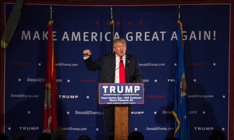 Donald Trump addresses supporters in South Carolina