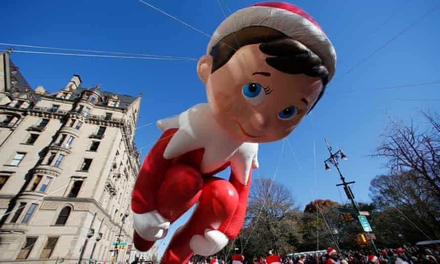 Elf on a Shelf balloon in a Thanksgiving Day Parade
