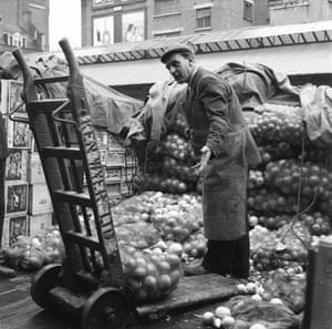 Early morning in Covent Garden market in 1960s London