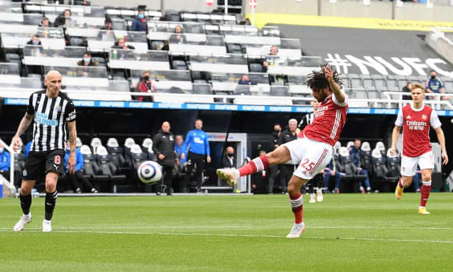 Mohamed Elneny fires Arsenal into an early lead at Newcastle