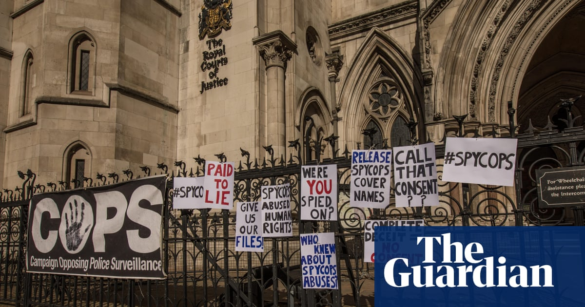 Police spies inquiry: five officers allowed to give evidence in secret
