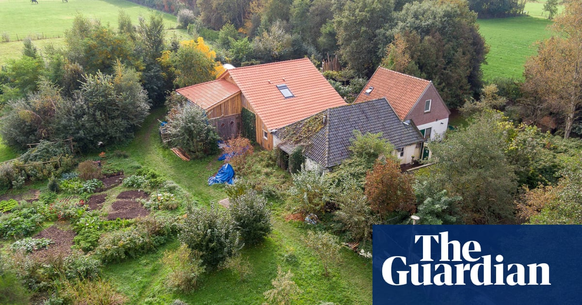 Six freed after years living in Dutch cellar 'waiting for end of time'