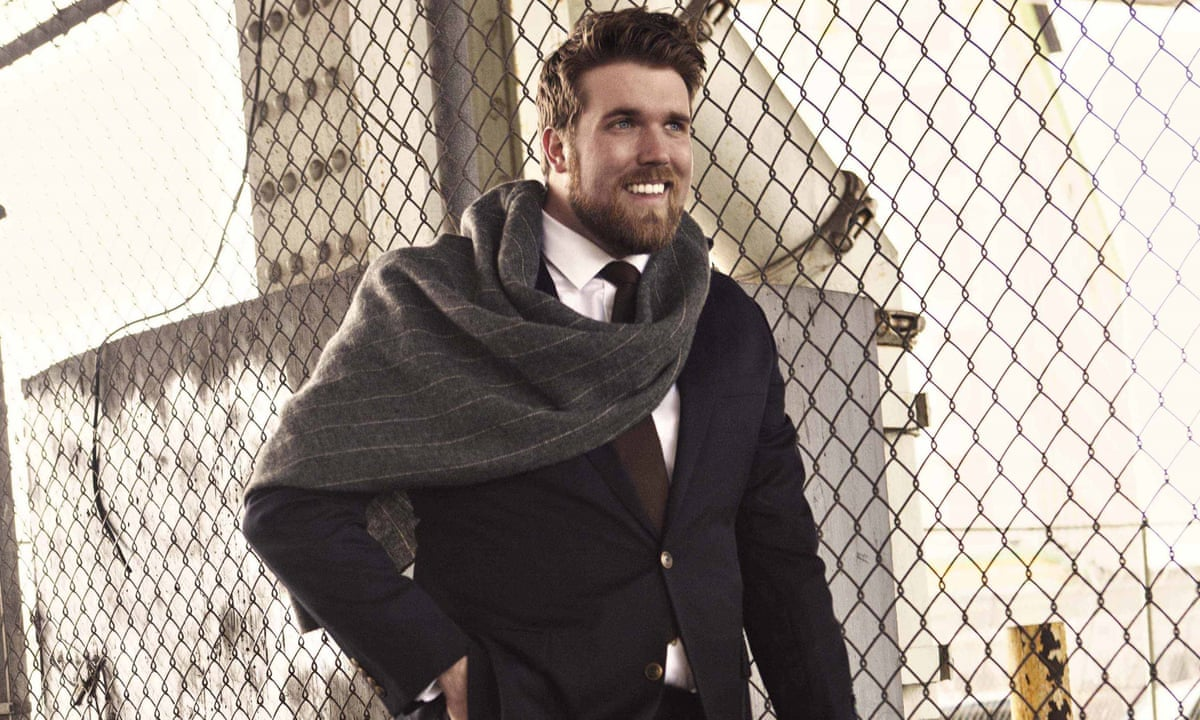 plus size model zach miko men want to see normal looking guys zach miko is 6ft 6in has a 40in waist and is the first plus size male model signed to a major agency which looks after models including lara stone