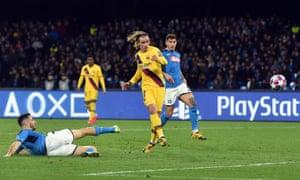 Barcelona's Antoine Griezmann scores the equaliser.