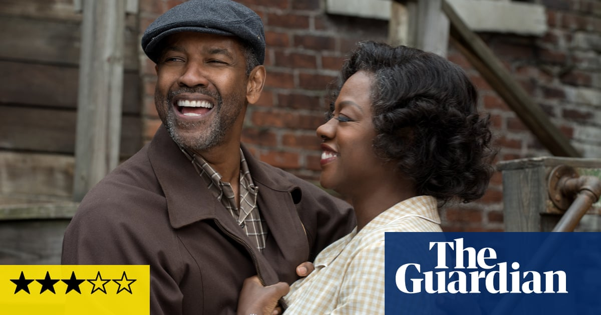 Fences Review Denzel Washington Steps Up To The Plate