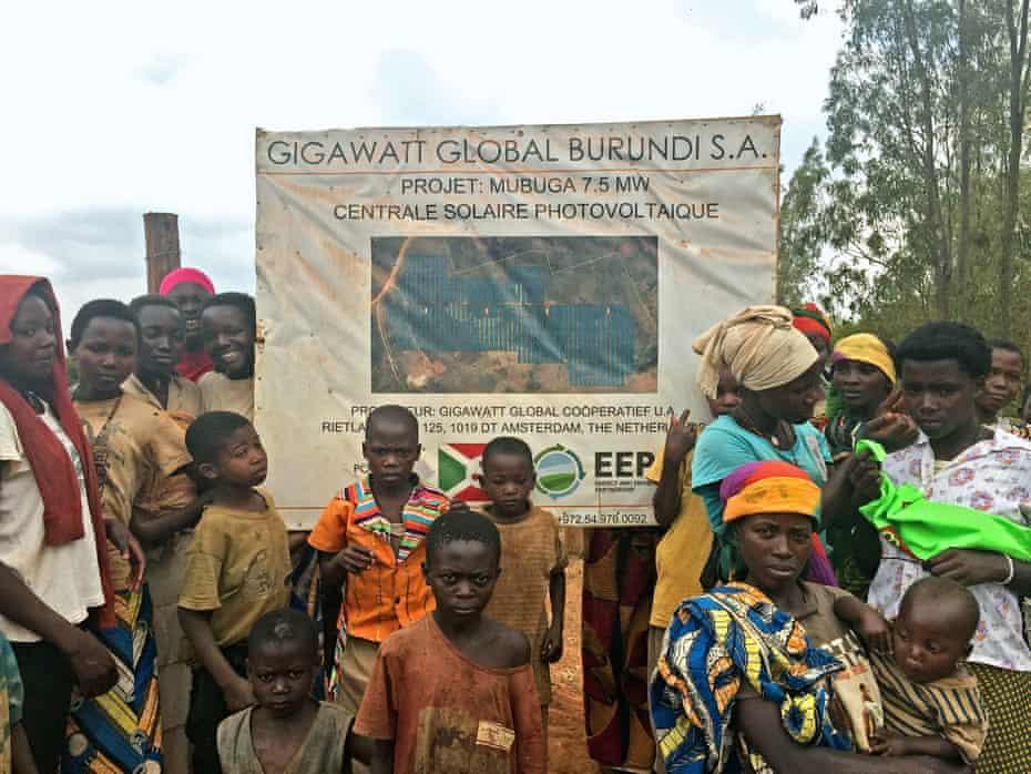 Villagers at solar site in Mubuga 2 Solar farm project in Burundi
