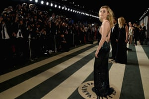 Actress Saoirse Ronan in front of the press at the Vanity Fair Oscars After Party