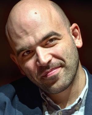 Roberto Saviano .