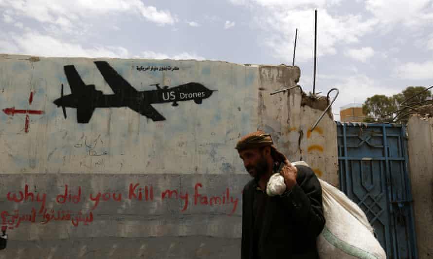 Graffiti showing a US drone in Yemen