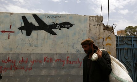 Graffiti condemning US drone strikes in Yemen.