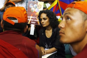 Arundhati Roy at a protest in New Delhi, 2008.
