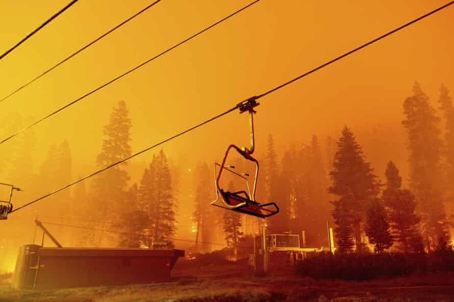 A chair lift at the Sierra-at-Tahoe ski resort is burned by the Caldor fire.