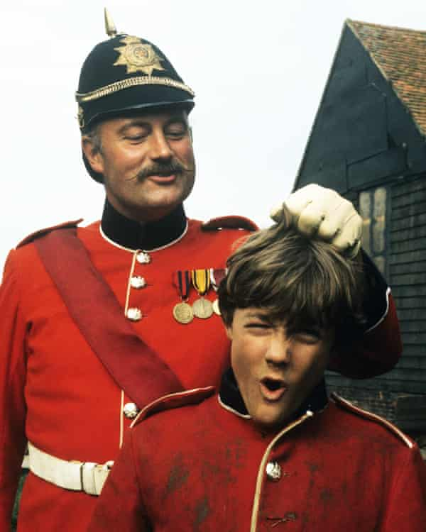 Iain Cuthbertson and Keith Chegwin in The Adventures of Black Beauty