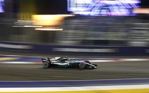Hamilton retakes the lead.