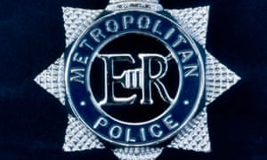 metropolitan police force badge
