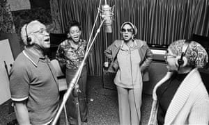 Archive footage of the Staples Singers in Mavis!.